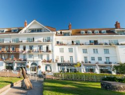 Top-5 hotels in the center of St Brelade