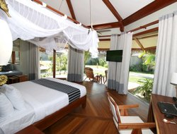 Ngapali Beach hotels with sea view