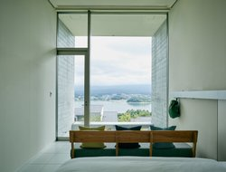 Japan hotels with lake view
