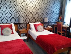 Pets-friendly hotels in Cheadle