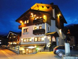 Top-10 hotels in the center of Livigno
