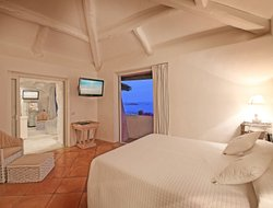 Porto Cervo hotels with restaurants