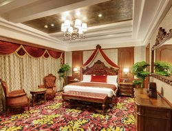 Nashik hotels with restaurants