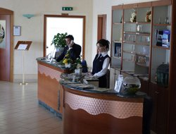 Scalea hotels with Russian personnel