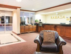 Top-7 hotels in the center of Enid