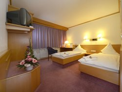 Pets-friendly hotels in Brehna