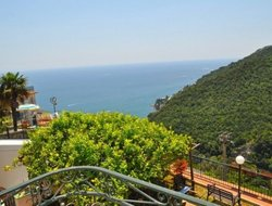 Vietri sul Mare hotels with restaurants