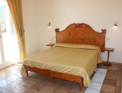 Pets-friendly hotels in Sperlonga
