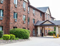 Top-10 hotels in the center of Ankeny