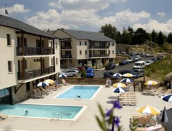Font-Romeu-Odeillo-Via hotels with swimming pool