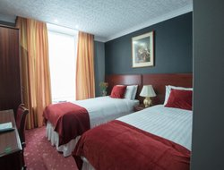 Top-4 hotels in the center of Dumfries