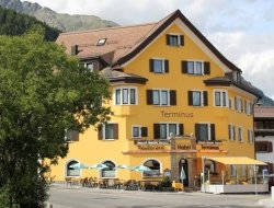 Pets-friendly hotels in Samedan