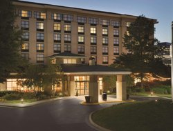Sandy Springs hotels for families with children