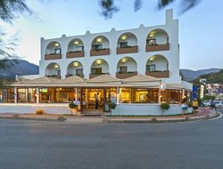 Top-6 hotels in the center of Plakias