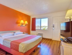 Vallejo hotels for families with children