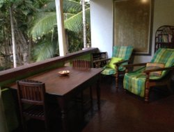 Pets-friendly hotels in Hikkaduwa