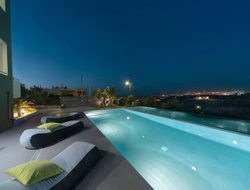 Chania hotels with swimming pool
