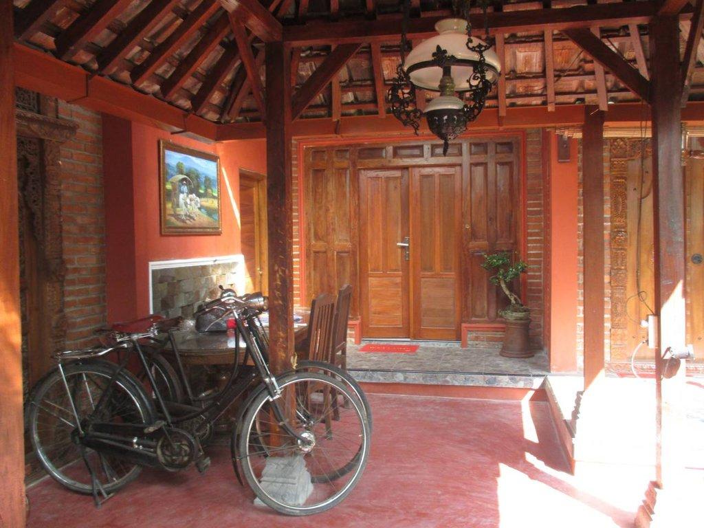 Rumah Ukhi Guesthouse di Yogyakarta