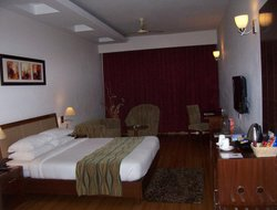 Baddi hotels with restaurants