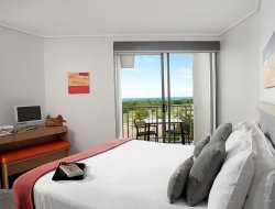 Kingscliff hotels with restaurants