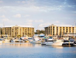 Urangan hotels for families with children