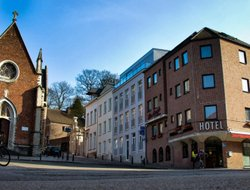 Top-10 hotels in the center of LEUVEN