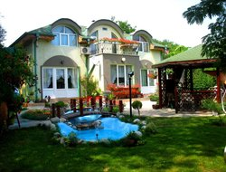 Top-3 romantic Varna hotels
