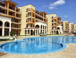 Balchik hotels with swimming pool