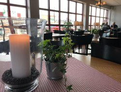 Arvika hotels with restaurants
