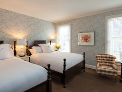 Top-6 romantic Cape May hotels