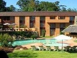 White River hotels with swimming pool
