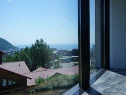Listvyanka hotels with sea view