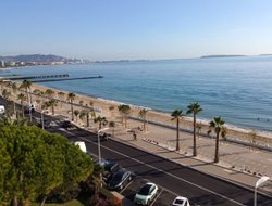 Cannes hotels with panoramic view