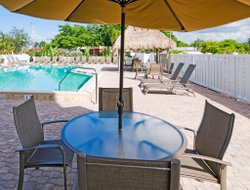 Pets-friendly hotels in Cape Coral