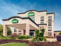 Longview hotels for families with children