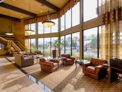 Business hotels in Redding