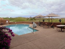 Fountain Hills hotels with swimming pool