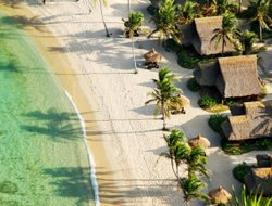 Lagen Island hotels with swimming pool