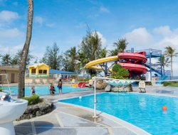 Northern Mariana Islands hotels with restaurants