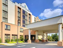 Cranberry Township hotels with swimming pool