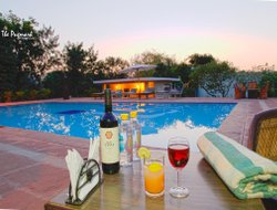 Sawai Madhopur hotels with swimming pool