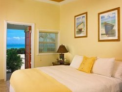 Great Exuma Island hotels with swimming pool