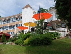 Top-3 hotels in the center of St. Agathe des Monts