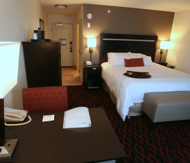 Hampton Inn & Suites Red Deer