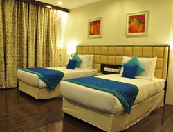 Noida hotels with restaurants
