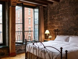 Top-10 romantic Montreal hotels
