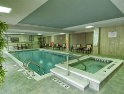 Guelph hotels with swimming pool