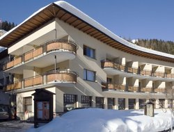 Davos-Platz hotels with restaurants