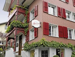 Beckenried hotels with restaurants