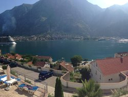 Kotor hotels with swimming pool